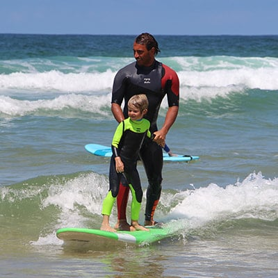 Cours de surf pour les enfants à Lacanau