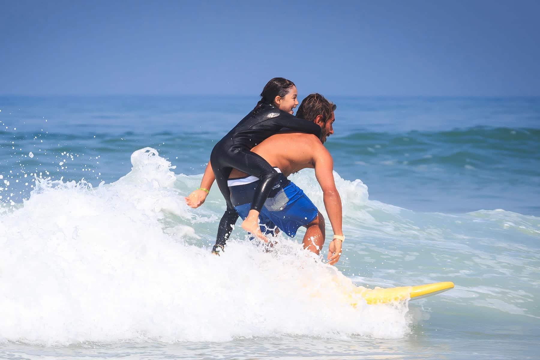 Cours de surf à Lacanau pour les enfants